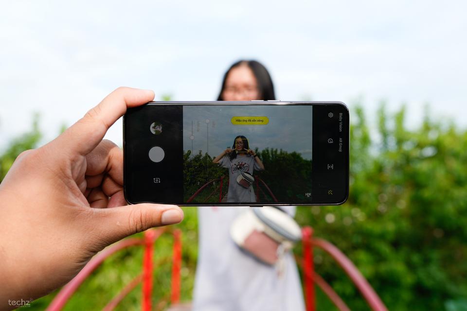 Sử dụng camera cực đặc biệt trên Galaxy A80: Không cần phải pro vẫn có ảnh xịn!