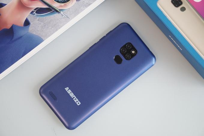 500 chiếc smartphone Asanzo S6 giá 2,49 triệu đồng được đặt mua trong một giờ