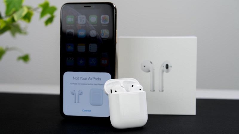 Apple đang nghĩ đến việc kết hợp AirPods với iPhone 2020