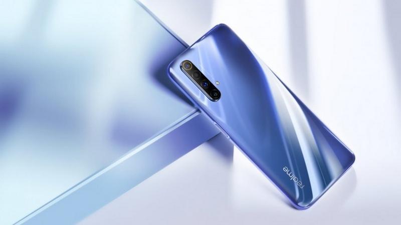 Những hình ảnh thực tế của Realme X50 phiên bản màu Polar White