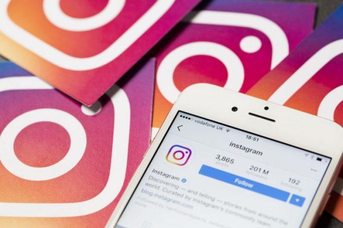 """Cách đọc Direct Message mà không hiện """"Seen"""" trên Instagram"""