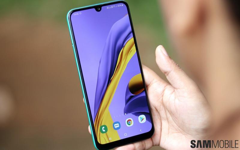 Những mẫu smartphone đáng chú ý giá dưới 5 triệu đồng ở thời điểm hiện tại