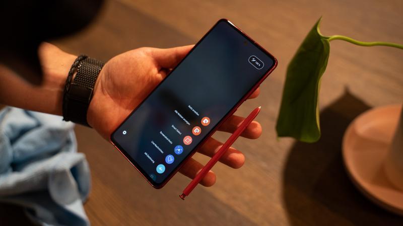 Galaxy Note10 Lite: Đánh trúng tâm lý những người muốn chuyển sang dùng điện thoại Android