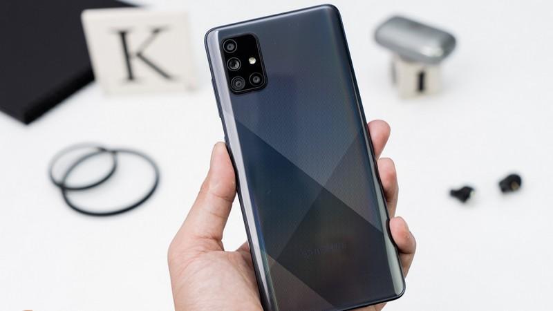 Cận cảnh bộ bốn camera với nhiều nâng cấp đáng kể trên Galaxy A71