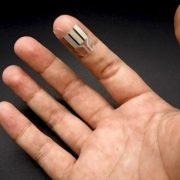Fingertip Biofuel Cell 777x486 2 2