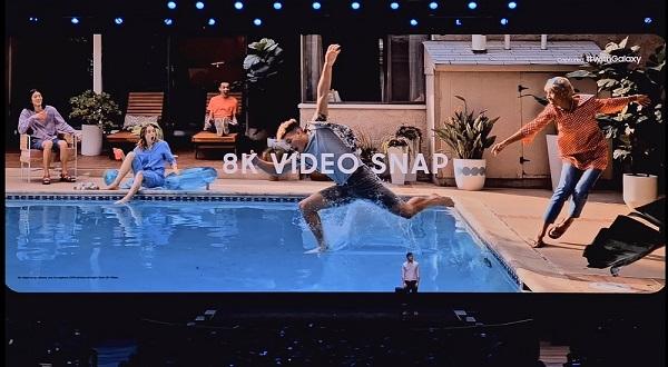 Trong lúc trình chiếu video 8K, người dùng có thể chụp màn hình khi bắt gặp khoảnh khắc đẹp